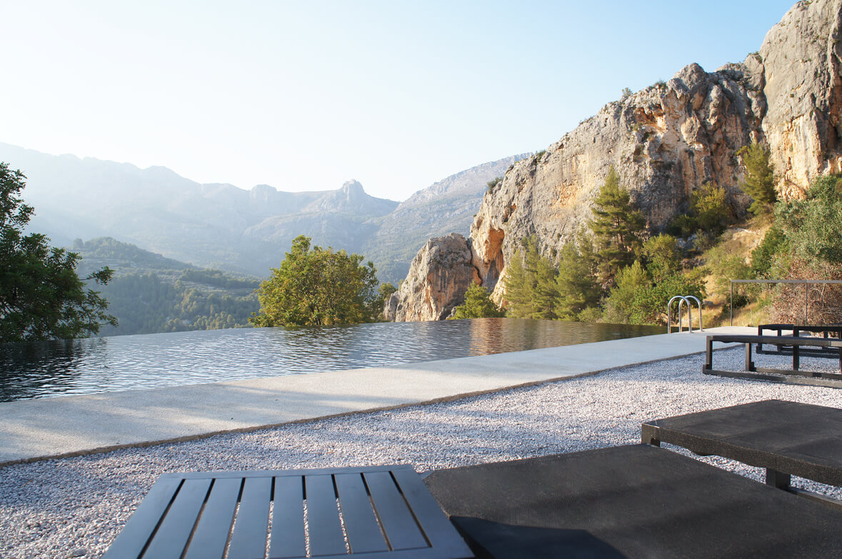 The hotel where you can relax in Spain  VIVOOD Landscape Hotel
